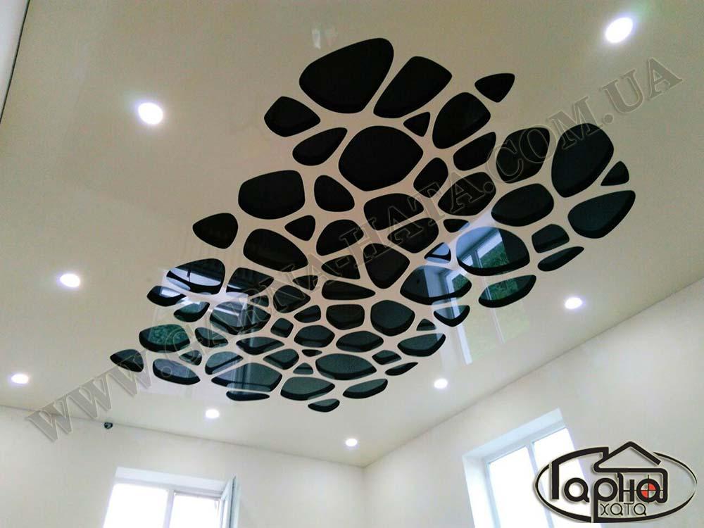 apply натяжные потолки в зале