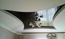 черные натяжные потолки в зале