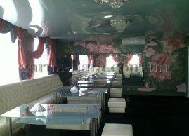 Натяжні стелі 3D в ресторані