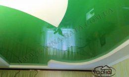 глянцеві натяжні стелі фото
