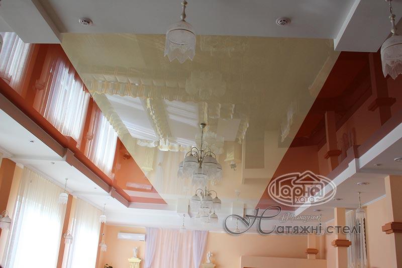 натяжной потолок два или более цветов