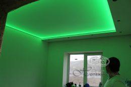 натяжна стеля з кольоровою led підсвіткою