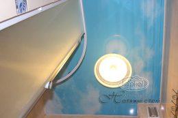 натяжные потолки небо в ванной