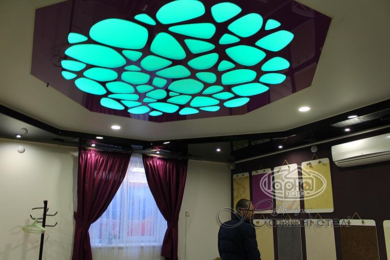 натяжные потолки подсветка и пленка apply