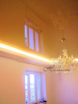 підсвітка натяжної стелі в кімнаті