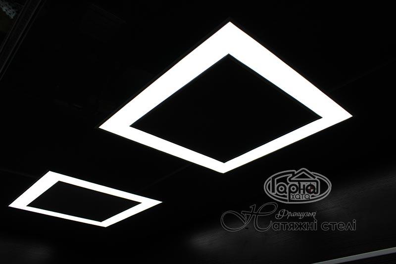 парящие натяжные потолки в форме квадрата