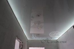 apply натяжные потолки с подсветкой