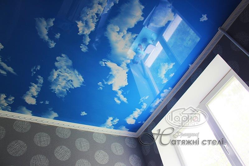 фотодрук на стелі небо