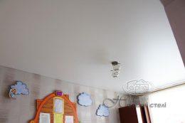 матові натяжні стелі в дит. садку