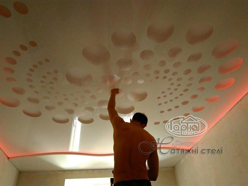 натяжные потолки apply с подсветкой в квартире