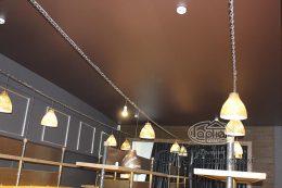 натяжные потолки мат коричневый