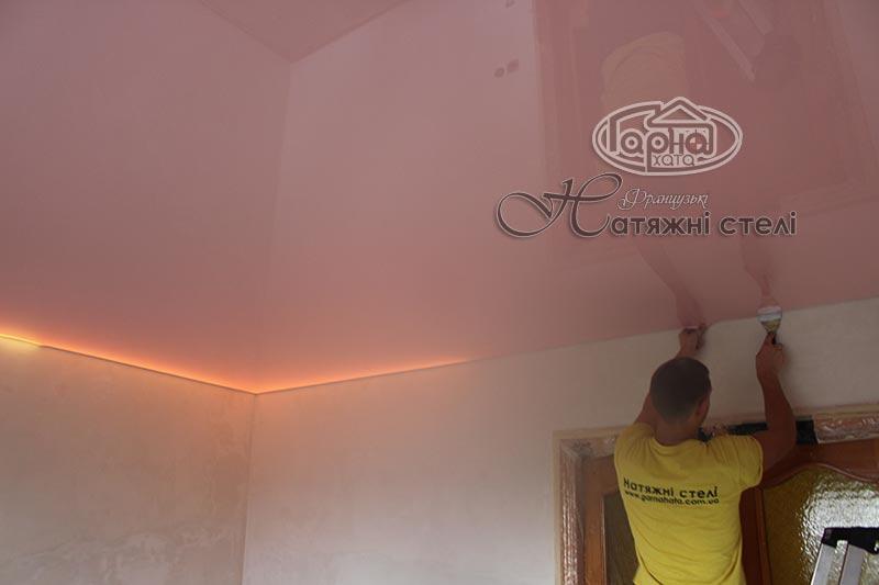 подсветка над натяжным потолком