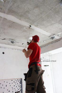 монтаж натяжного потолка в Луцке