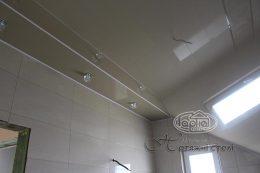 натяжной потолок на угол