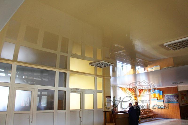 натяжные потолки луцк в школе 22