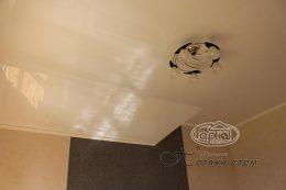 натяжные потолки в мансардных комнатах