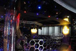 Диско клуб опера установлены натяжные потолки