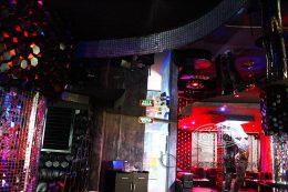 натяжные потолки глянец луцк клуб опера