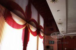 натяжной потолок цвет бордо