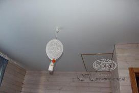 белые матовые потолки