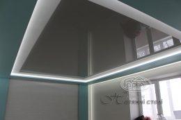 глянцевые натяжные потолки с подсветкой