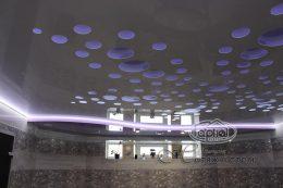 натяжной потолок в два уровня, подсветка