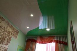 Натяжные потолки криволинейный шов