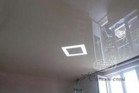 натяжные потолки подсветка квадраты