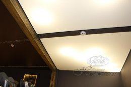 прозрачная пленка на потолке
