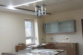 матовый потолок и подсветка