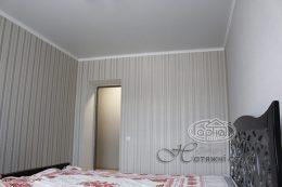 натяжной матовый потолок в гостинице