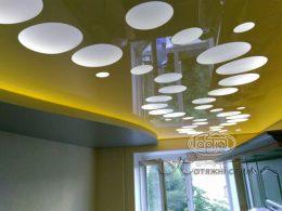 Цветной натяжной потолок Apply фото