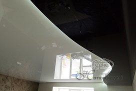 дворівнева стеля з підсвіткою в залі