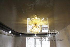 натяжной потолок в два уровня комната