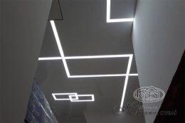 світлові лінії та стелі