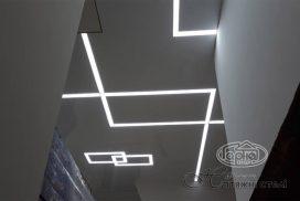 световые линии и потолки