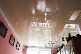 натяжной потолок цвет беж, комната
