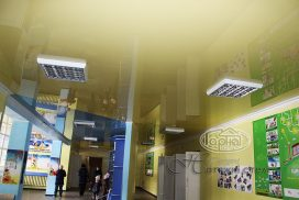 натяжной потолок в коридоре, комбинированный