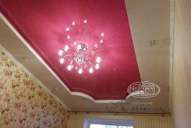 розовые натяжные потолки, комната