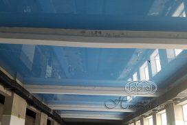 потолок натяжной в бассейне, синий
