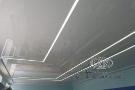 натяжной потолок с подсветкой в аптеке