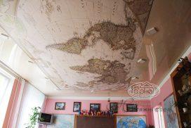 фотодрук карта світу на стелі