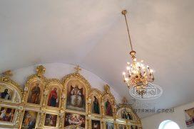 матовые потолки в храме