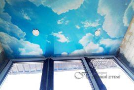 натяжні стелі небо, монтаж на балконі