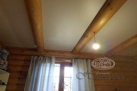 натяжні стелі в дерев'яному домі
